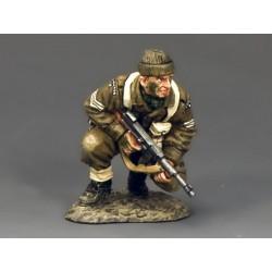 DD196 Crouching Sergeant w...