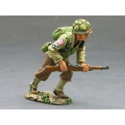 DD086 Running Forward Rifleman
