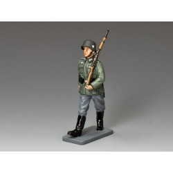 WH016 Marching Rifleman